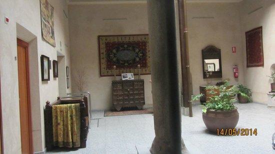 Hotel Santa Isabel: lobby