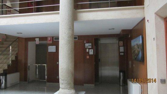 Hotel Santa Isabel: ascensor