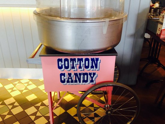 Wildwood Restaurant & Bar: Our candy floss machine!
