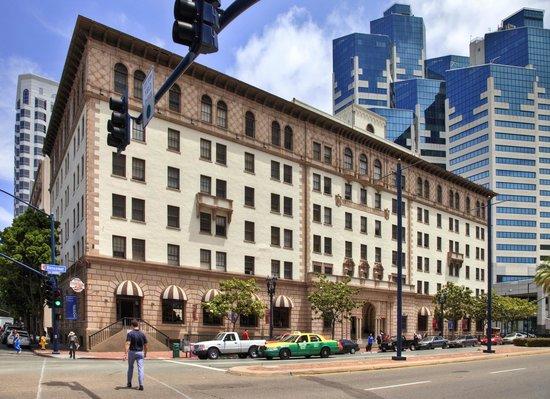 500 West Hotel San Diego Downtown: Hotel Exterior