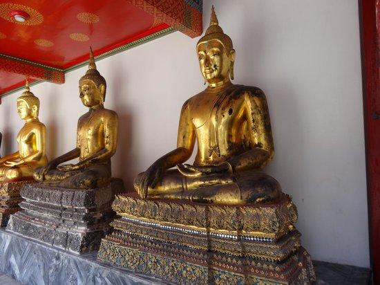 Temple of the Reclining Buddha (Wat Pho): Wat Po