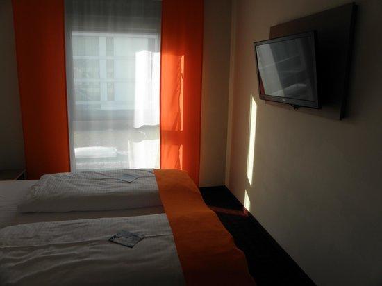 McDreams Hotel Muenchen-Messe: .-