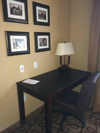 Holiday Inn Express Hotel & Suites Kanab: Desk