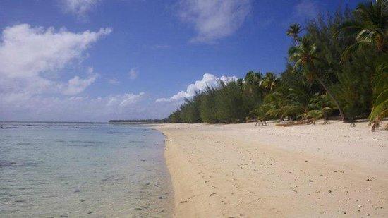 Tamanu Beach: The beach