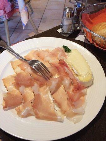 Hotel Ristorante Cervo: Spek e formaggio