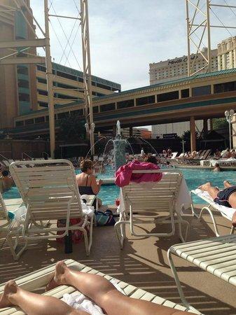 The Big Apple Coaster & Arcade: la piscina del new york new york