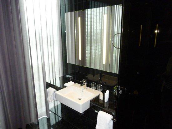 Melia Vienna: Badezimmer