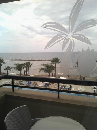 Palm Beach Hotel & Bungalows: Sea view