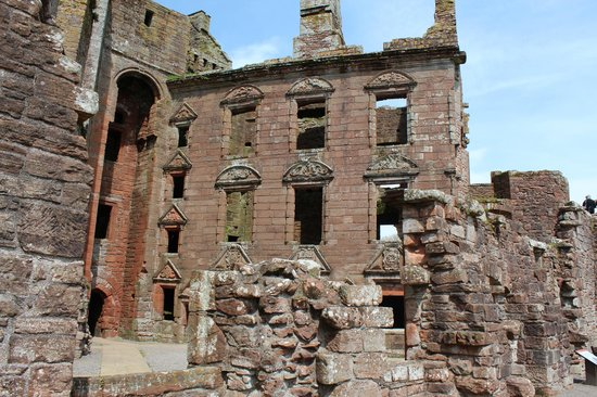 Caerlaverock Castle: Lovely architecture