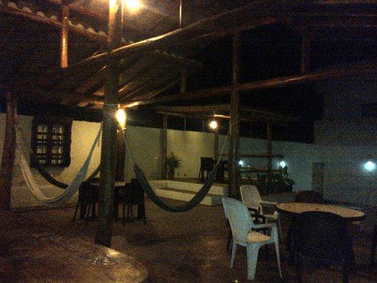 Posada Sotavento Beach: Las hamacas por la noche