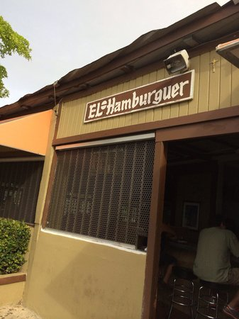 El Hamburger: The front