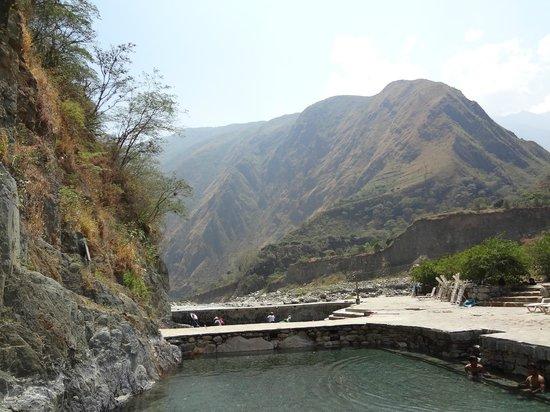 Eco Quechua Lodge: 絶景+巨大露天風呂3つ