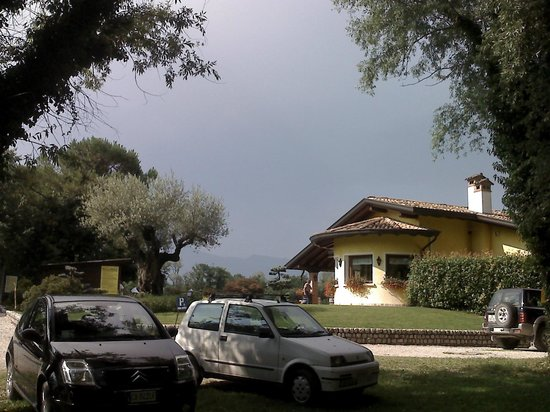 Fontanafredda, Italy: NECULAI GRIGORE