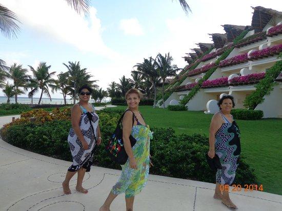 Grand Velas Riviera Maya: Sector piscina