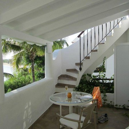 Belmond La Samanna : Balcony & stairs to roof