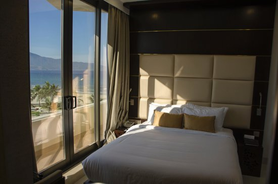 Holiday Beach Danang Hotel & Resort: room 503