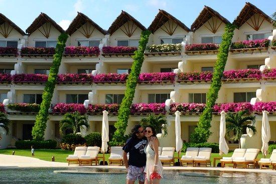 Grand Velas Riviera Maya: Sector piscina frontal playa