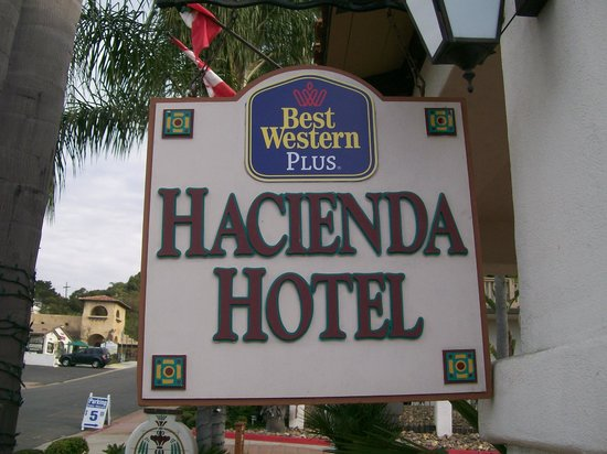 Best Western Plus Hacienda Hotel Old Town : Sign in front of Hotel