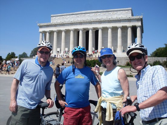 Bike and Roll DC: Andy & the happy gang in DC!