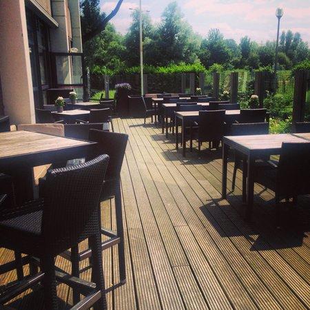 Mercure Hotel Amsterdam West : Beer garden