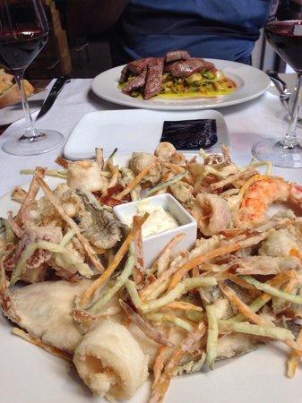 Osteria Enoteca San Marco : fritto misto e tagliata di manzo.