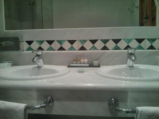 Parador de Guadalupe: Baño