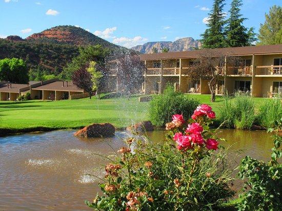 Poco Diablo Resort: Pond