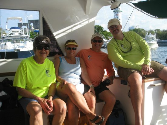 Ocean Tours Water Sports,  El Cozumeleno Beach Resort: Our team on the comfy Kay Kib