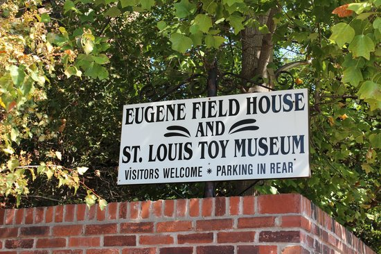 Field House Museum: Eugene Field House & St. Louis Toy Museum, St. Louis, MO