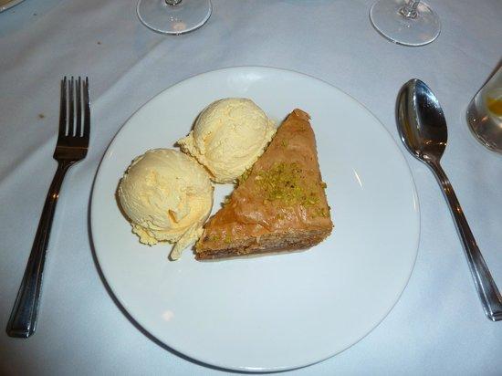 The Brasserie: Baklava oozing honey