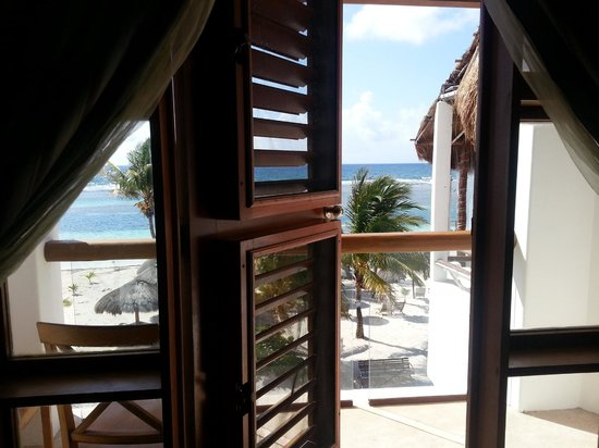 Hotel El Caballo Blanco: Door from room to balcony