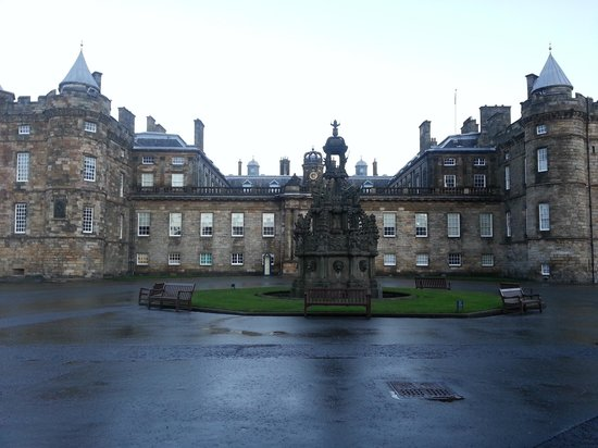 Palace of Holyroodhouse: palace