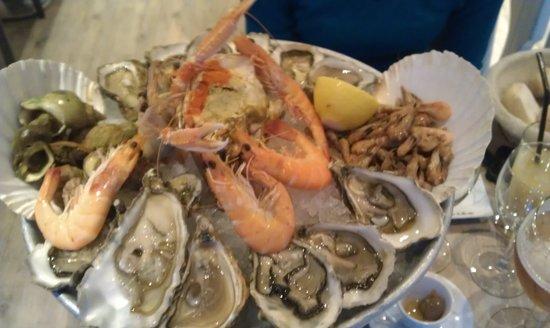 La Criee: plateau de fruit de mer