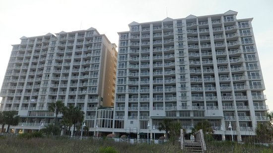 Hampton Inn & Suites Myrtle Beach/Oceanfront: Back of Hotel