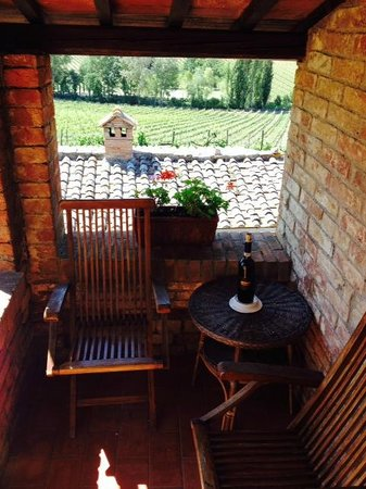 Relais Ortaglia: Our private terrace off the bedroom