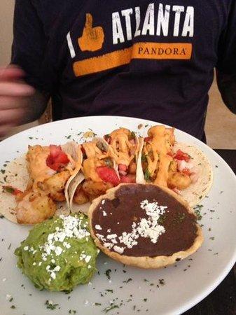 Carboncitos: shrimp tacos