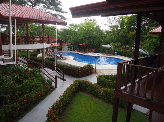 Agua Dulce Beach Resort: Pool area