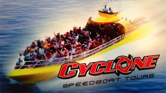 CYCLONE Speedboat Tours: Fast