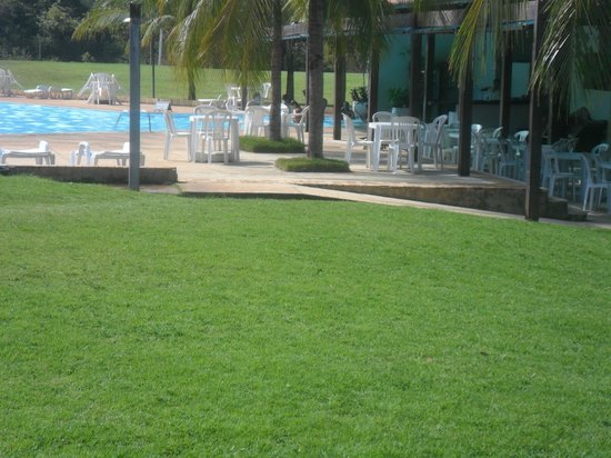 Aguas de Santa Barbara Resort Hotel : vista da piscina e bar