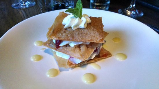 Burwell's Stone Fire Grill: Dessert Special - Berry Neapolitan