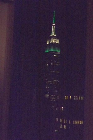 Staybridge Suites Times Square - New York City : Nighttime view