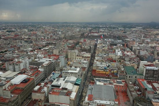 Torre Latinoamericana: Typical view from floor 37