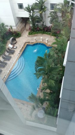Rendezvous Hotel Singapore by Far East Hospitality: nice simple pool