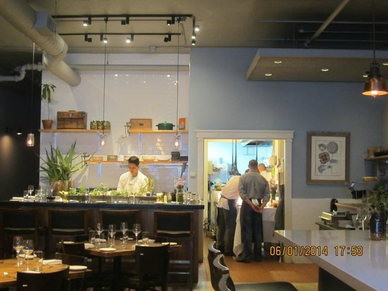 Puritan & Company: the back bar and kitchen, picture taken from the front counter bar