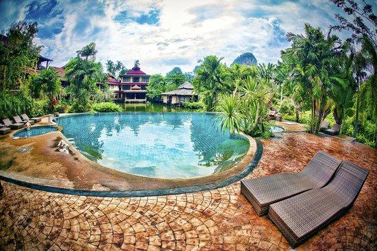 Railay Princess Resort and Spa: Railay Princess Resort - Krabi - Thailand - Wandervibes - pool