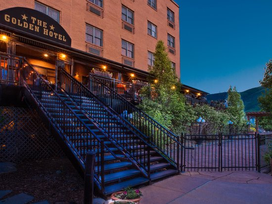 The Golden Hotel, an Ascend Collection hotel: Exterior at Night