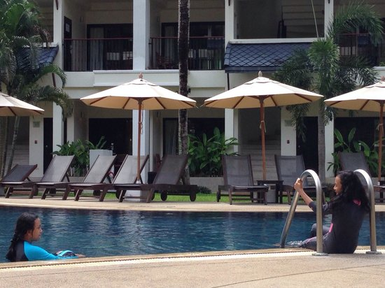 Swissotel Resort Phuket Kamala Beach: the pool..