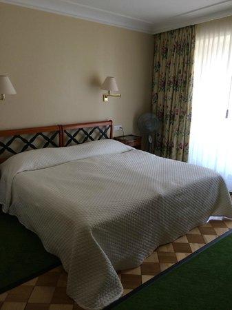 Hotel Wilden Mann: Comfy bed
