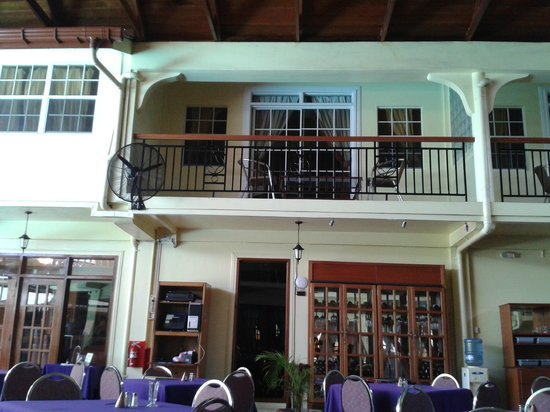 Grand Coastal Hotel: suite with balcony from the outside dining area