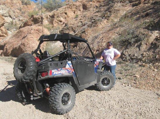 Lake Havasu: RZR riding in the desert